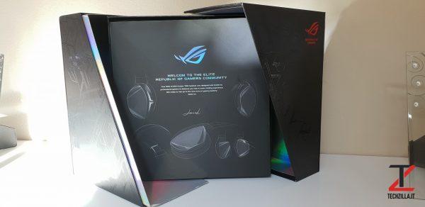 Asus ROG Strix Fusion 700 scatola 2
