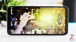 Xiaomi Pocophone F1 display