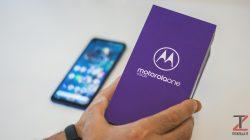 Unboxing Motorola One Vision