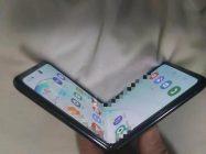 Samsung Galaxy Fold 2 pieghevole a conchiglia