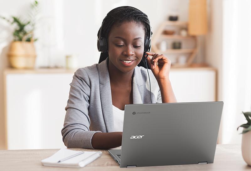 Acer Chromebook Enterprise Spin 713 Lifestyle 1