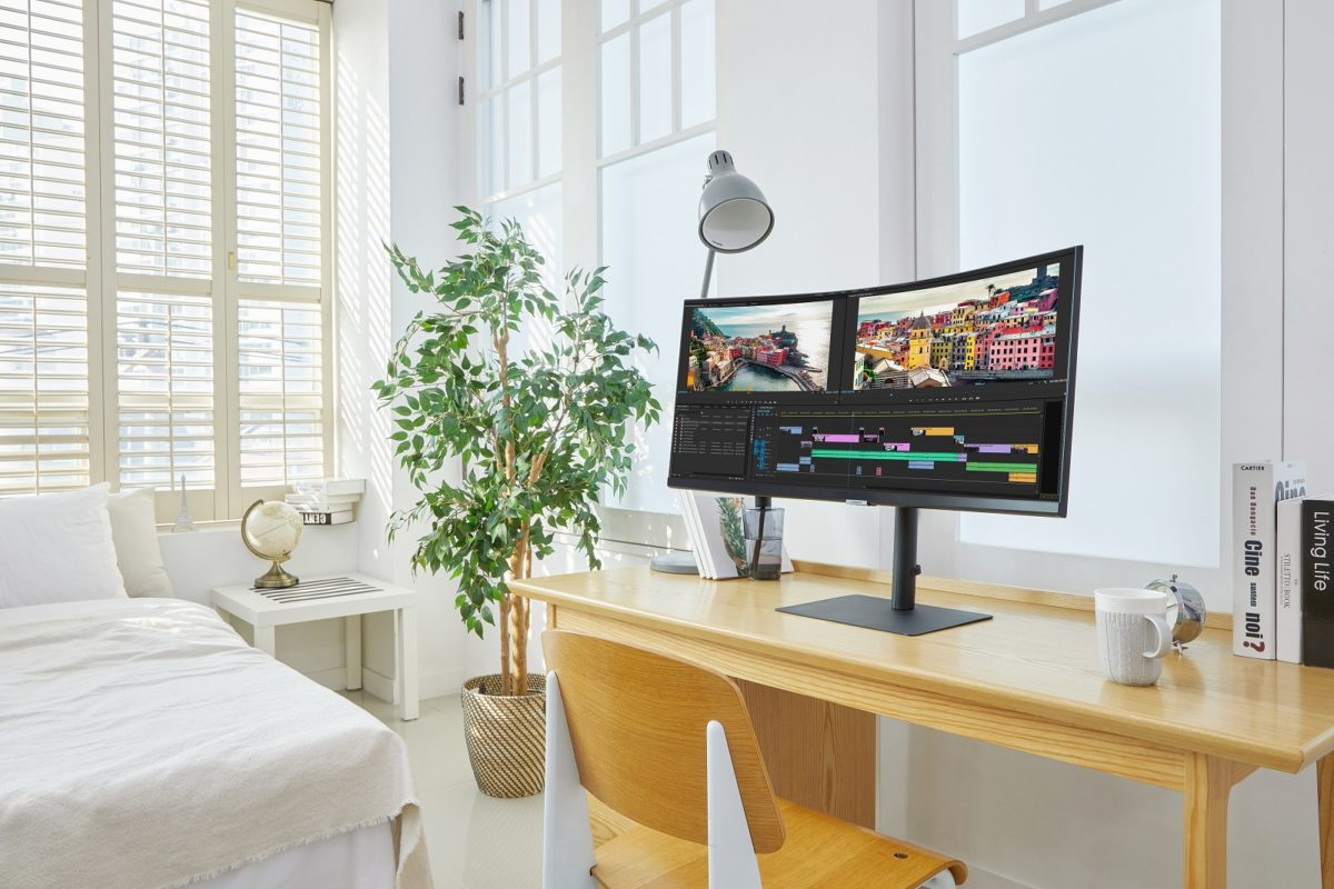 Photo Samsung Launches New High Resolution 2021 Monitor Lineup 4 LOW